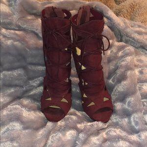 Shoes - Open Toed Botties
